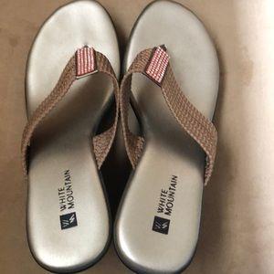 White Mountain wedge sandals- size 7